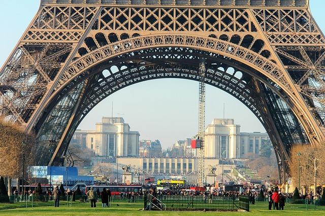 Francúzsky jazyk - Akadémia vzdelávania Zvolen